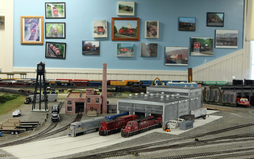 Model railroad club plans open houses