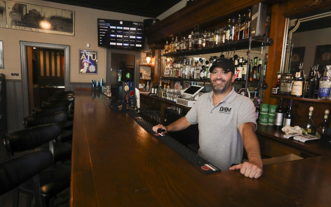 Hard-working history: Angry Irishman bar honors West Side's proud roots
